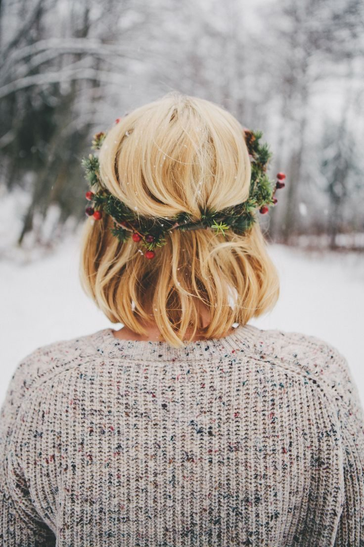 Красивые девушки со спины фото со светлыми волосами и каре