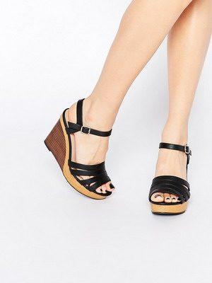 La mia обувь кто производитель