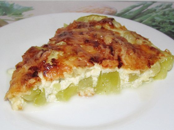 Кабачки, запечённые с сыром и омлетом