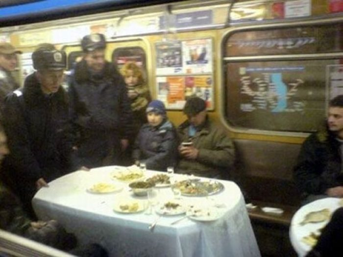 Русский секс в общественных местах общественном транспорте в театрах 8 фотография