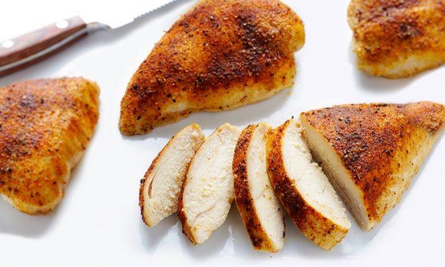 Как сделать куриные грудки мягкими и сочными