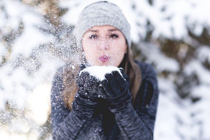 Как эффективно и правильно защищать кожу в зимний период