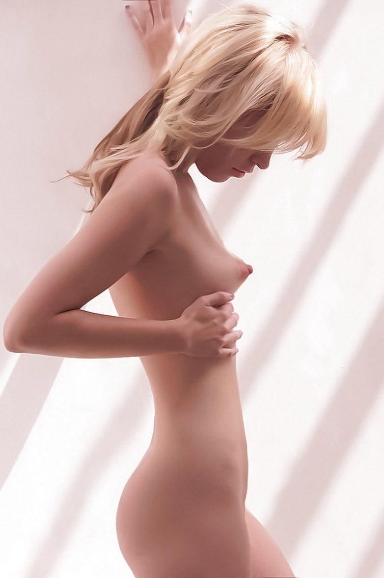 Торчащия грудь фото 29 фотография