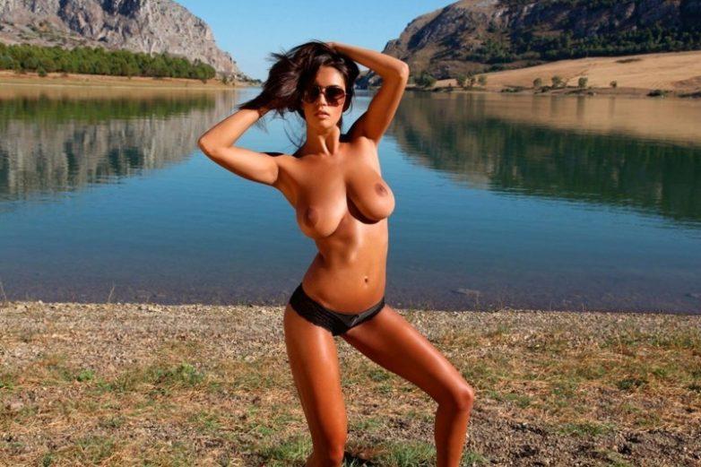 Фото відео голих дівчат