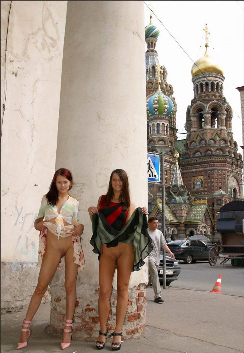 голые бабы на улицах москвы давая