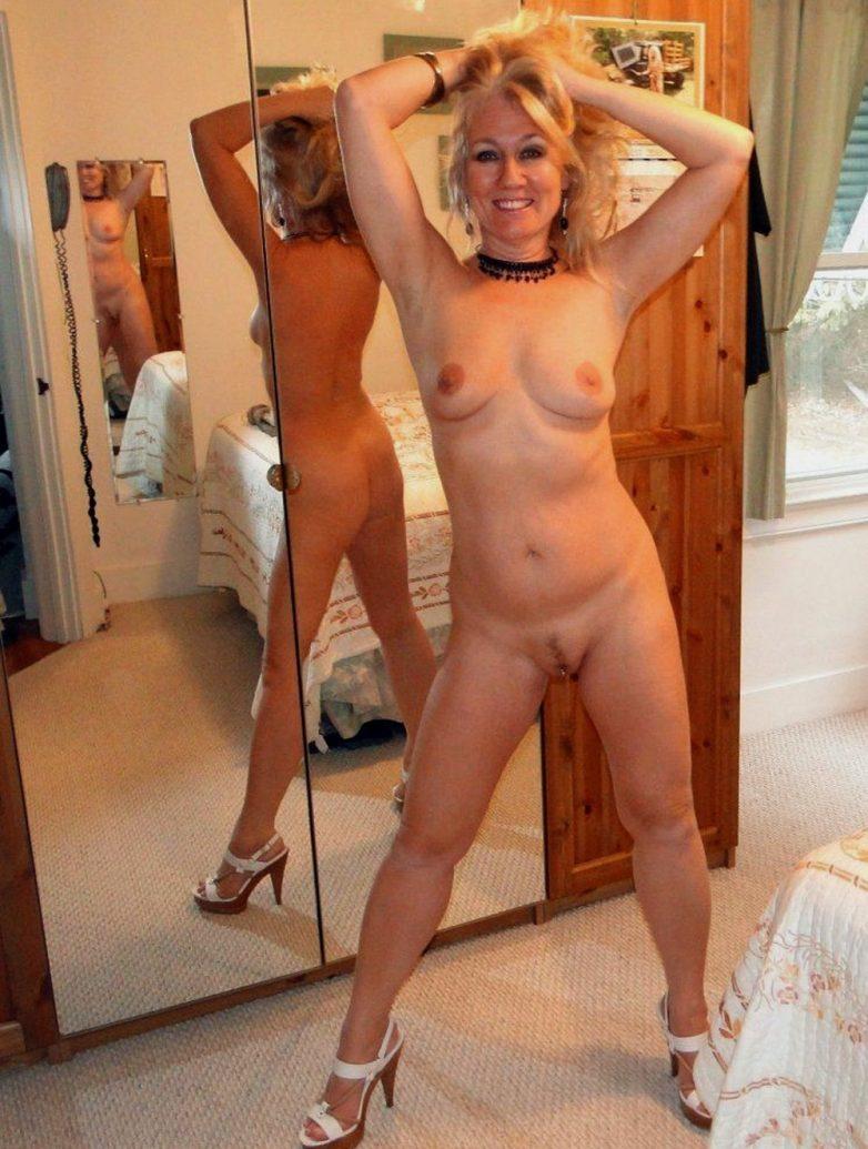 Взрослые сексапильные тетки онлайн