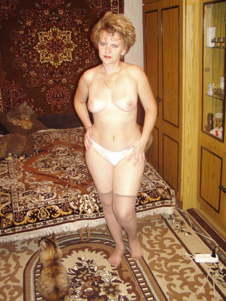 Смотреть порно клипы зрелых баб приступают своим
