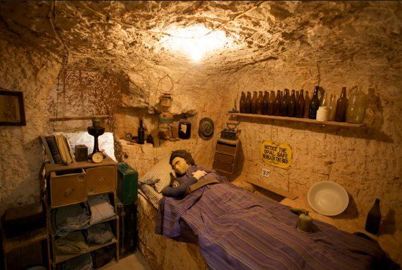 Как живут в домах под землей