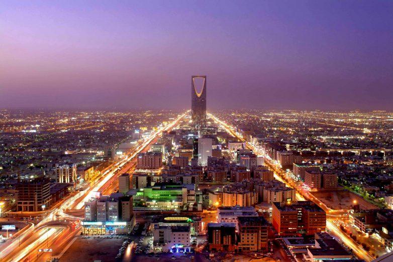 100 удивительных фактов о жизни в Саудовской Аравии от русского нефтяника