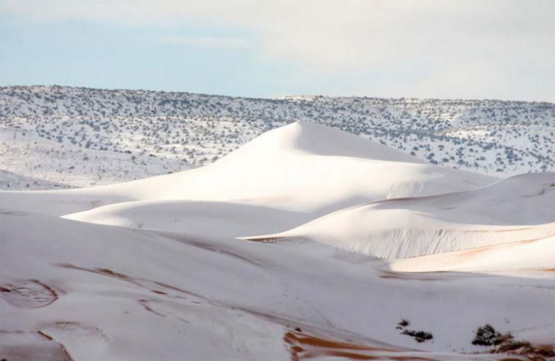 Третий раз за последние 40 лет в пустыне Сахара выпал снег