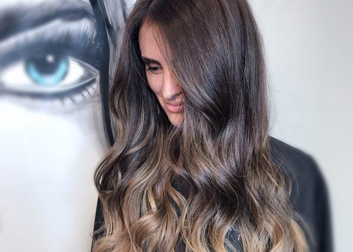 Оттенки волос, которые способны скрыть морщинки на вашем лице