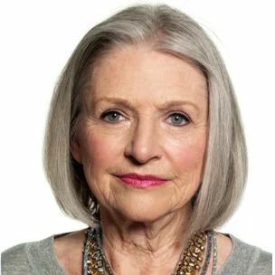 Омолаживающий макияж для женщин с седыми волосами