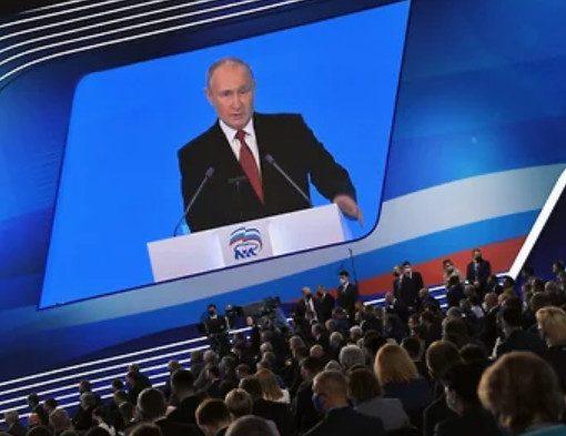 Путин лично поучаствует в думской кампании «Единой России», чтобы спасти ее рейтинг