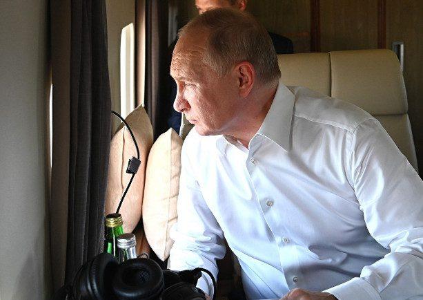 Почему Путин разрешил двойное гражданство чиновникам?