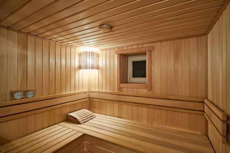 Деревянные полки для бани своими руками