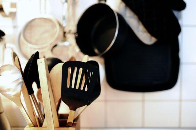 9 кухонных предметов, которые обязательно нужно менять вовремя