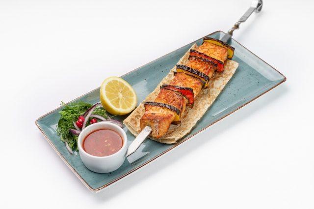 4 рецепта шашлыков из рыбы и морепродуктов