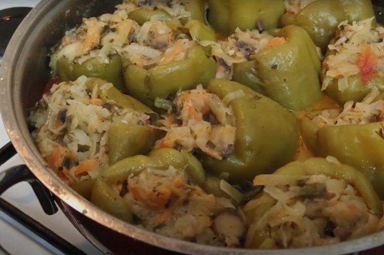 Фаршированные перцы с картошкой и грибами