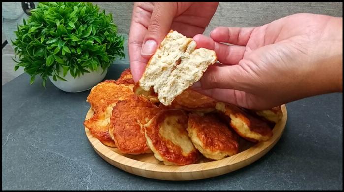 Оладьи из куриного филе с кефиром вместо пирожков