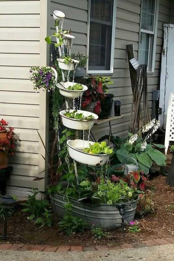 Интересные идеи украшения сада