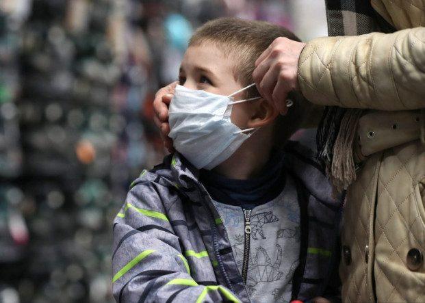 Более 1,5 млн детей осиротели из-за пандемии коронавируса