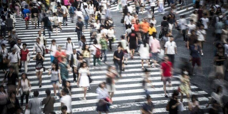 Почему не стоит ожидать перенаселения планеты и почему любой демографический сценарий плох?