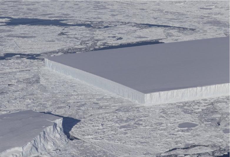 Загадка появления прямоугольного айсберга