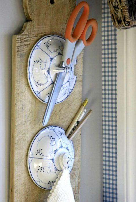 Как превратить старую кухонную утварь в стильные предметы интерьера
