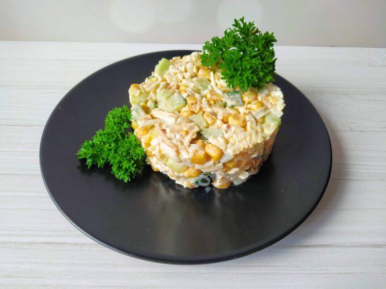 Бесподобный салат «Прованс» всего за пару минут и минимума продуктов!