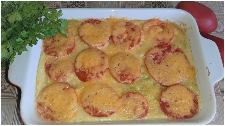 Вкусная запеканка из кабачков с помидорами и сыром