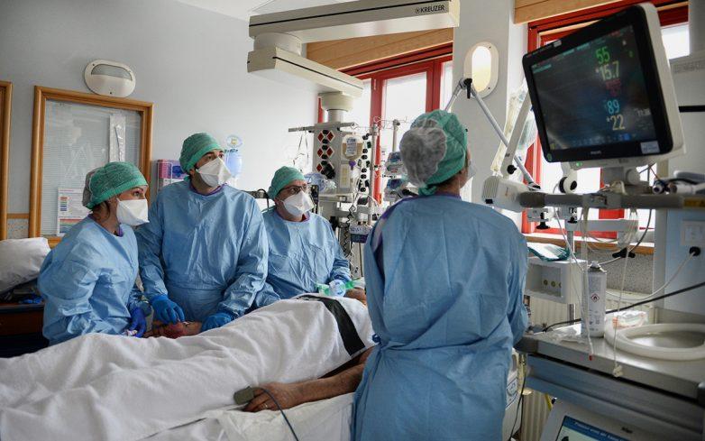Журнал The Lancet обвиняют в сокрытии фактов о коронавирусе
