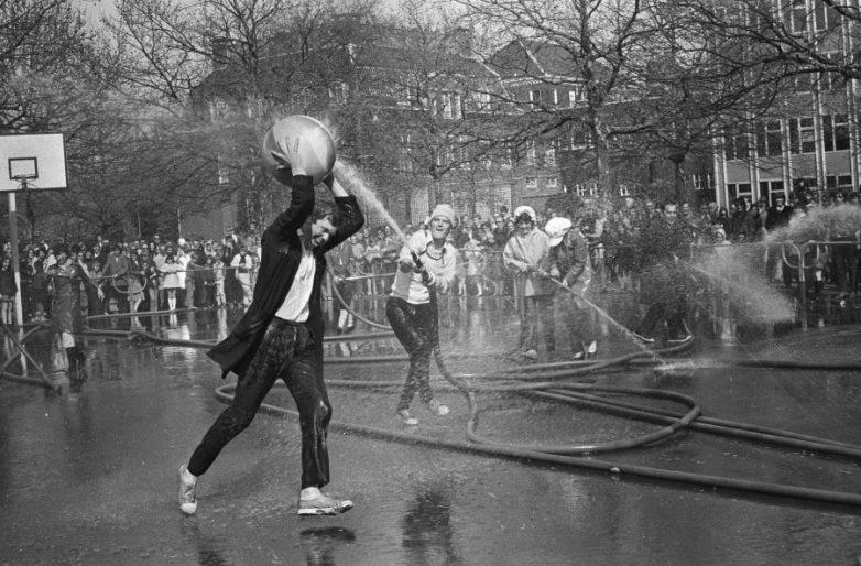 Как жили в мире 50 лет назад. Апрель 1971 года.