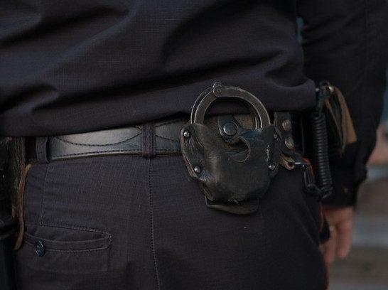 Ростовчанин избил 3-х полицейских в изоляторе временного содержания