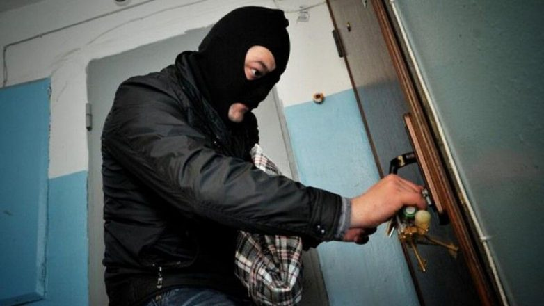 Как воры-домушники благодаря промоутерам понимают, что квартиру можно ограбить?