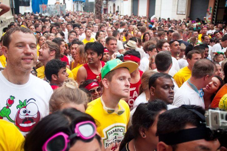 9 странных традиций разных стран мира, которые вызывают оторопь и ошеломляют неподготовленного человека