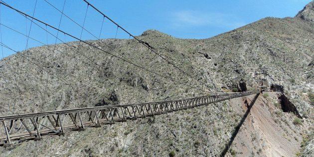 10 мостов планеты, на которые страшно даже смотреть