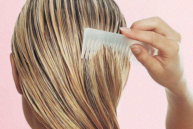 Как правильно красить волосы дома и легко удалять пятна краски
