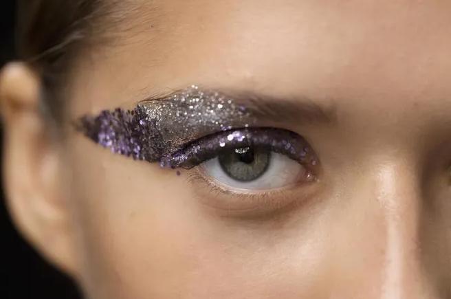 Новогодний макияж, который не скроешь маской